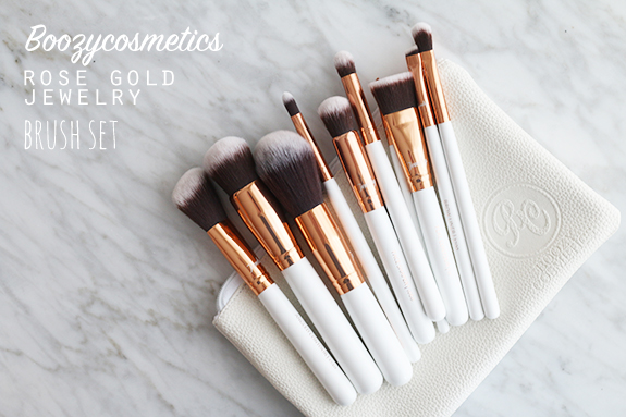 Boozycosmetics_rose_golden_jewelry_10_brush_set01