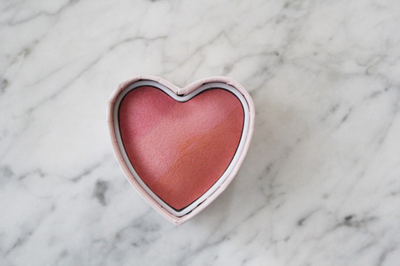 HM_hart_blush_bronzer_powder05