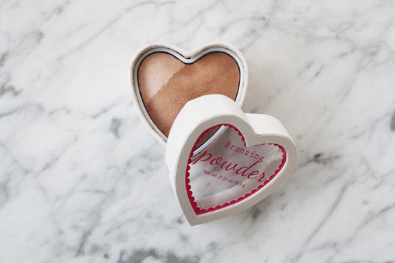 HM_hart_blush_bronzer_powder07