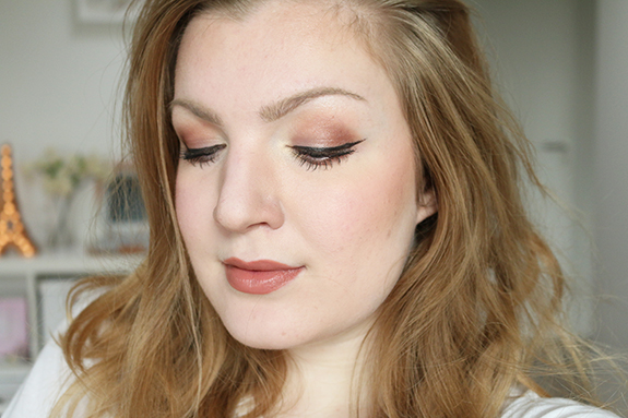 I_heart_makeup_naked_eyeshadow_palette_review13