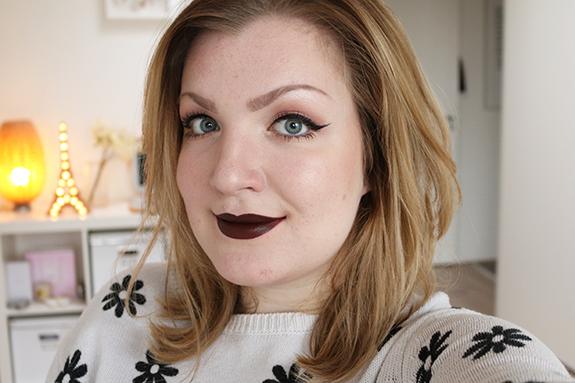 MAC_matte_lipstick_antique_velvet02