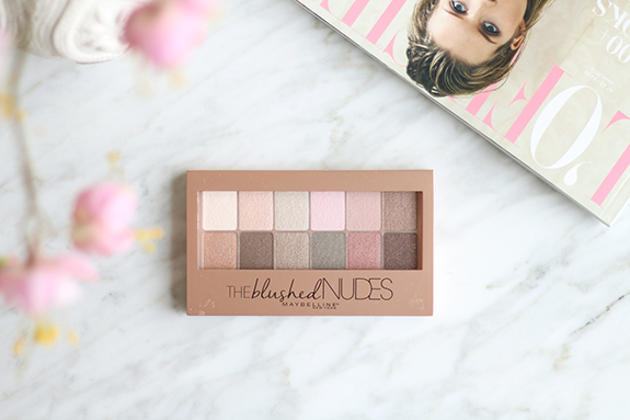 Maybelline_the_blushed_nudes_eyeshadow_palette02