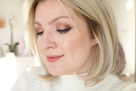 action_max_more_eyeshadow_baked_ombre_bronze09