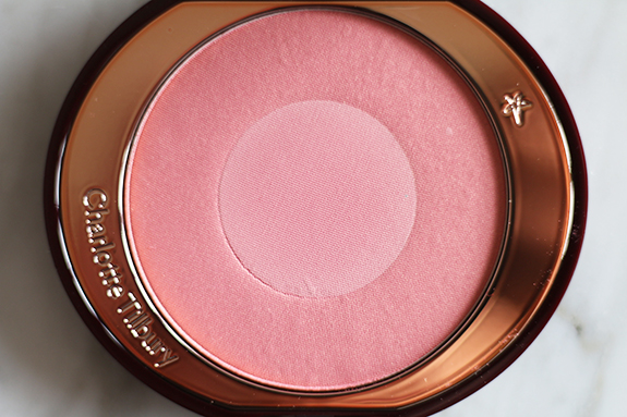 charlotte_tilbury_cheek_to_chic_love_glow05