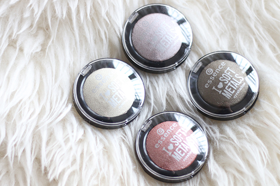 essence_I_heart_soft_metals_eyeshadow02