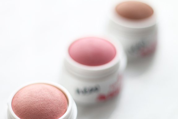 essence_blush_ball04