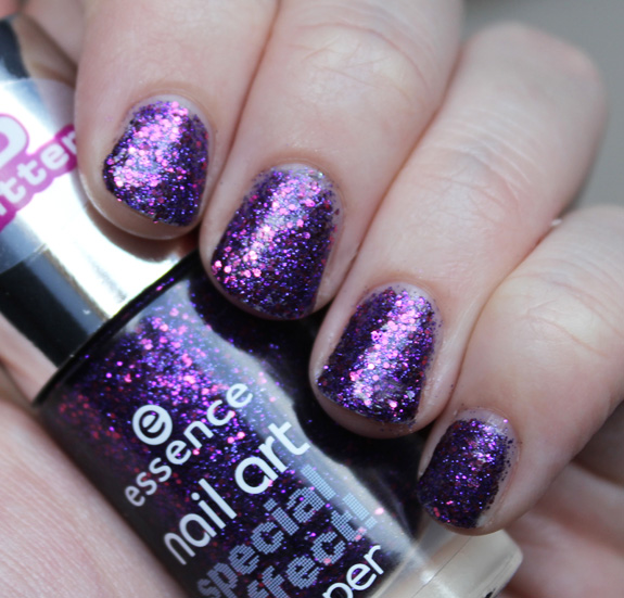 essence_glow_in_the_night_3D_glitter_sparkle_sand_NYC_disco_inferno06