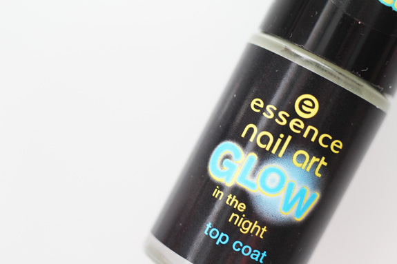 essence_glow_in_the_night_3D_glitter_sparkle_sand_NYC_disco_inferno09