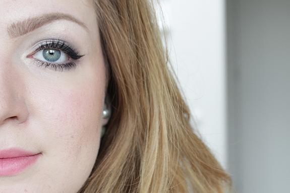 essence_how_to_make_smokey_eyes_make-up_box09