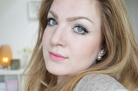 essence_how_to_make_smokey_eyes_make-up_box11