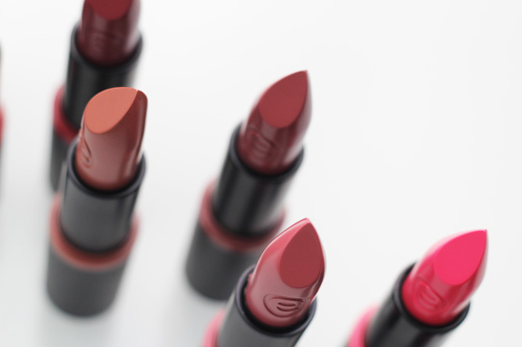 essence_long_lasting_lipstick08