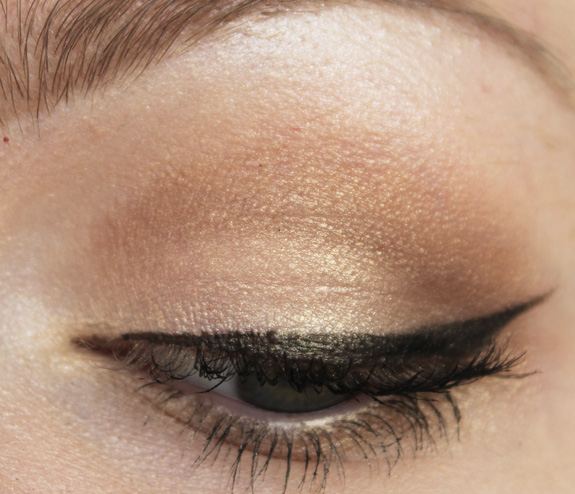 essence_make-up_box_how_to_make_nude_eyes_brows_wow_face_wow_14