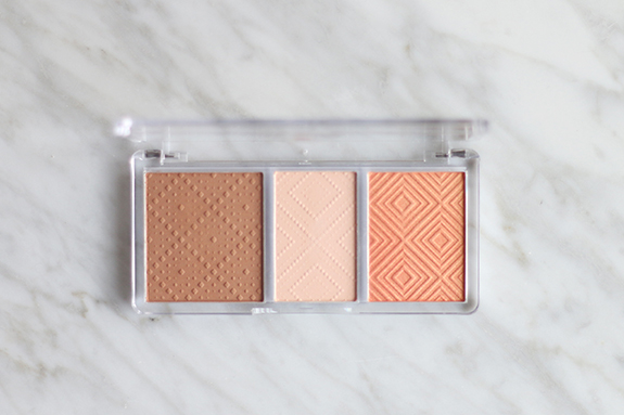 essence_shape_your_face_contouring_palette03