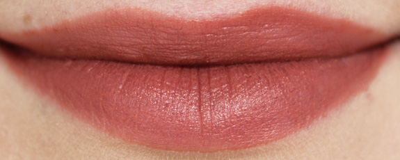 essence_xxxl_longlasting_lipgloss_matt_effect09