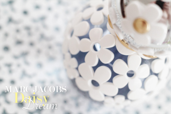 marc_jacobs_daisy_dream01