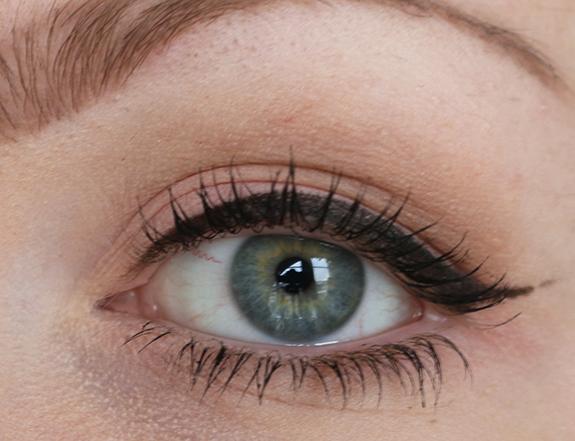 miss_sporty_matte_studio_colour_mono_eyeshadow06