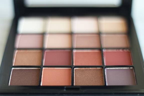 nyx_ultimate_shadow_palette_warm_neutrals04