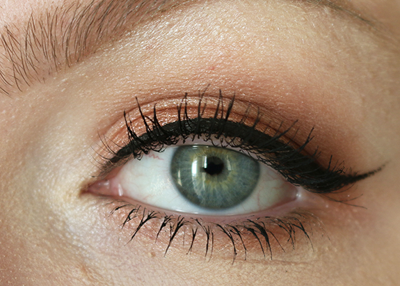 nyx_ultimate_shadow_palette_warm_neutrals10