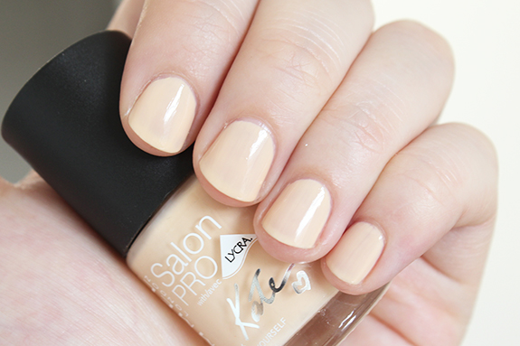 rimmel_kate_moss_dare_to_go_bare_nude_collection07