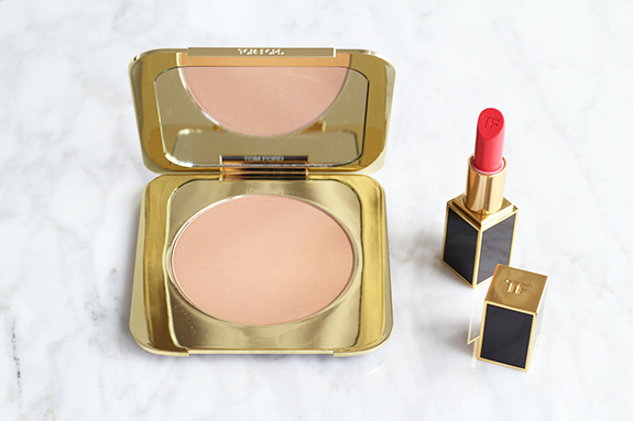 tom_ford_bronzing_powder_gold_dust_lip_color_true_coral02