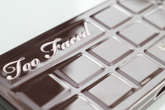 too_faced_chocolate_bar04
