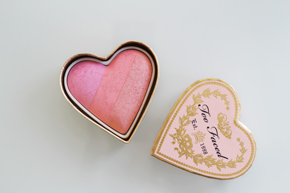 too_faced_sweethearts_perfect_flush_blush_candy_glow06