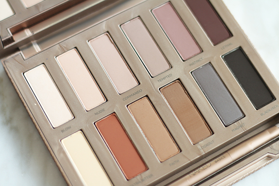 urban_decay_naked_ultimate_basics05