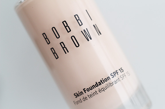 Bobbi_brown_skin_foundation03