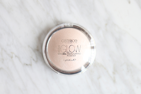 Catrice_high_glow_mineral_highlighting_powder01