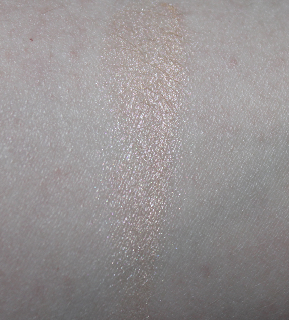 HM_highlighter_nude_glow09