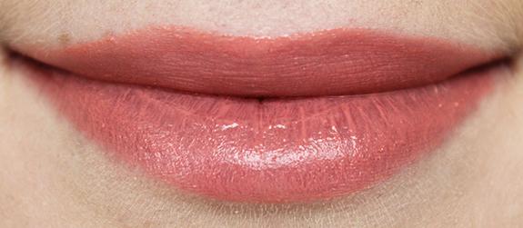 Hema_fabulous_fluid_lipstick08