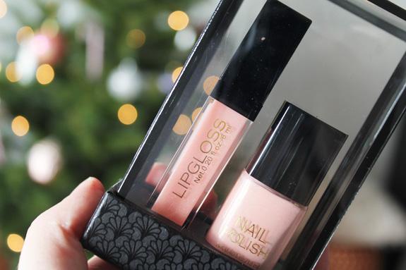 Hm_nagellak_lipgloss_sugar_pink_set08