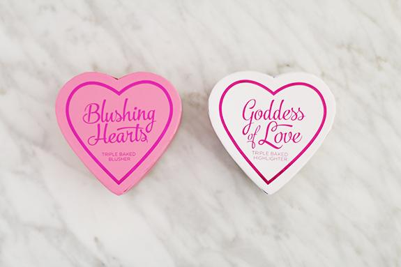I_heart_makeup_blushing_hearts_Goddes_of_love02