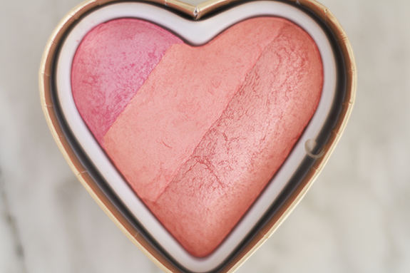 I_heart_makeup_blushing_hearts_Goddes_of_love06