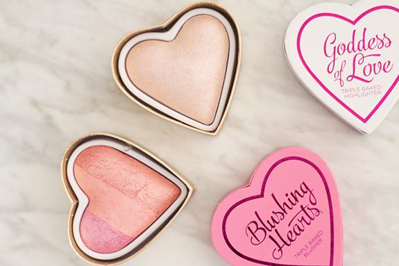 I_heart_makeup_blushing_hearts_Goddes_of_love15