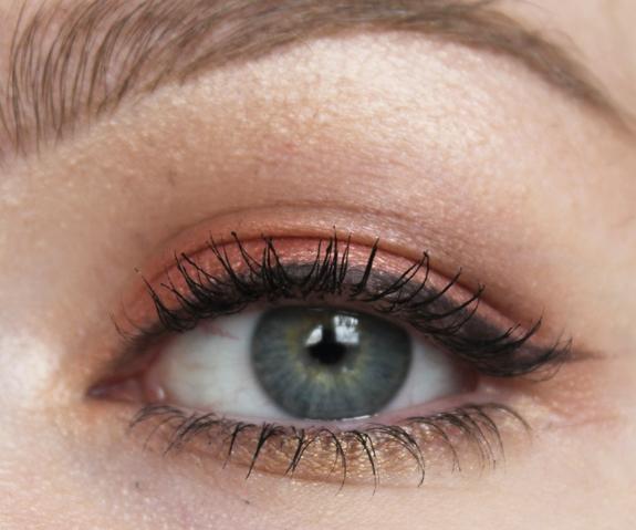 MAC_eye_shadow_x_15_warm_neutral15