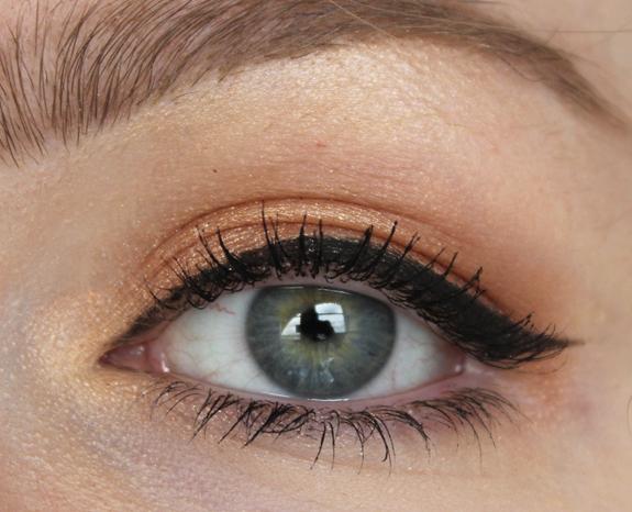MAC_eye_shadow_x_15_warm_neutral17