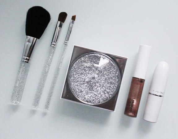 MAC_ice_parade_face_kit03