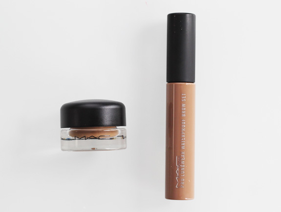 MAC_longwear_waterproof_brow_set_blonde_fluidline_brow_gelcreme02