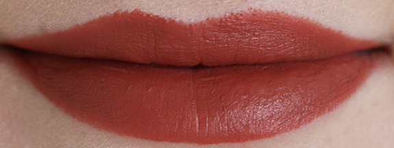 MAC_matte_lipstick_taupe01