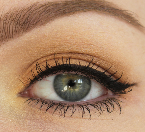 MAC_mineralize_eye_shadow_golden_hours07