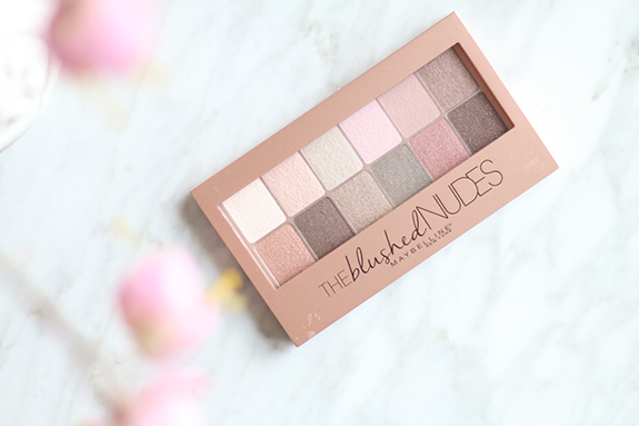 Maybelline_the_blushed_nudes_eyeshadow_palette04