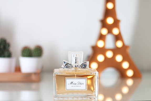 Miss_dior_eau_de_parfum_150ml02