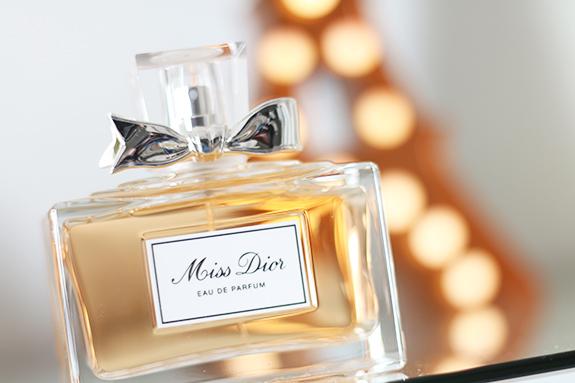 Miss_dior_eau_de_parfum_150ml05