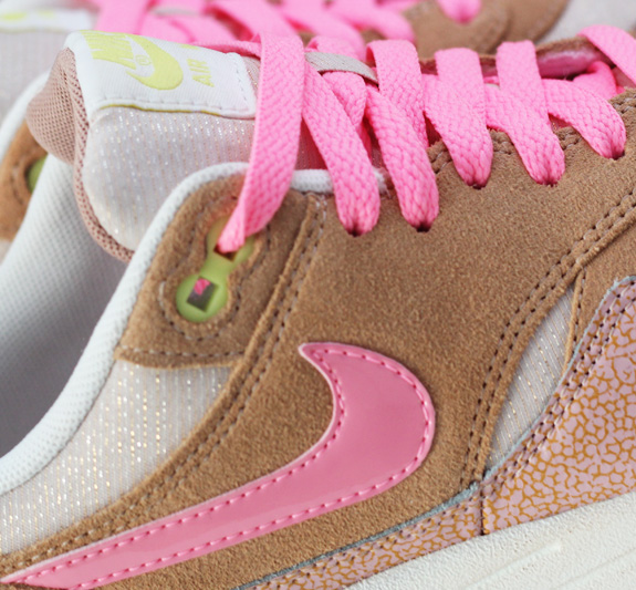 Willeke op Instagram: #happy with my New shoes #skechers