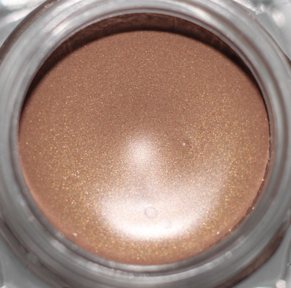 bobbi_brown_cream_shadow_sandy_gold05