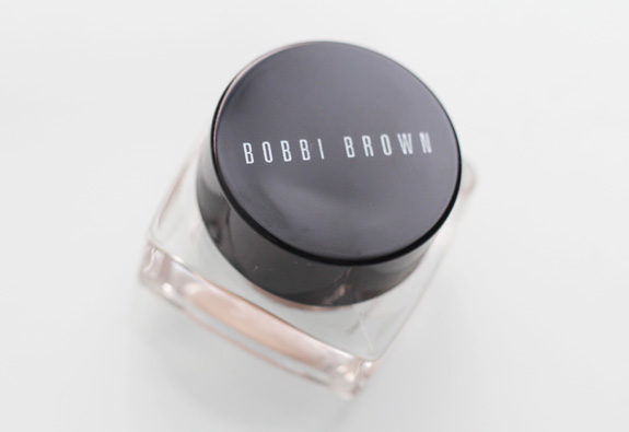 bobbi_brown_cream_shadow_sandy_gold08
