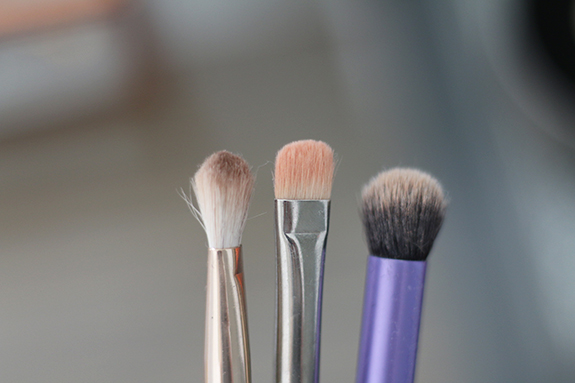 boozy_cosmetics_pro_brush_dry_cleaner06