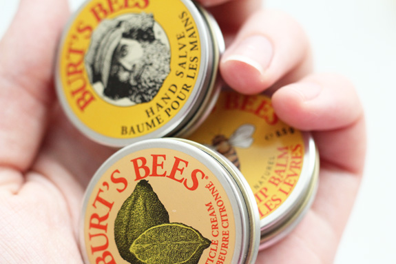 burts_bees_tin_trio02