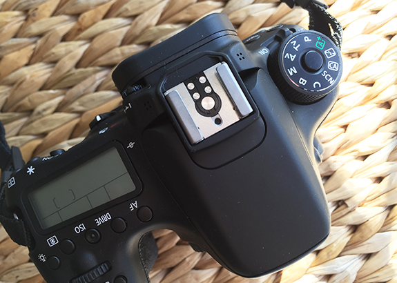 canon_70D_body_camera03
